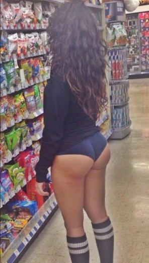 amateur photo Heaven is located on aisle 7