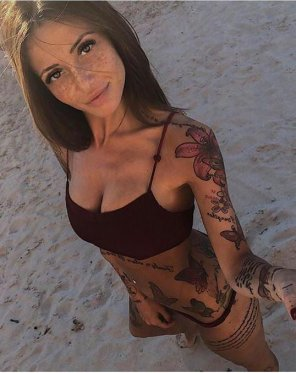 amateur photo Sexy Freckles and Tattoos