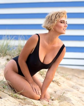 amateur photo Blonde in Black One Piece