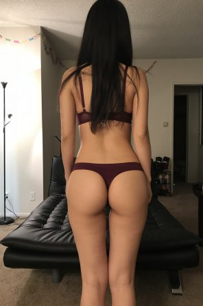 amateur photo Original Contentmy symmetrical back view!