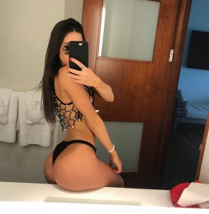 amateur photo Jen Selter is out of this world