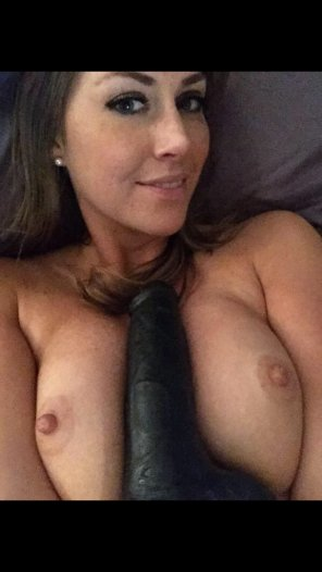 amateur photo Amateur busty wife who loves toys!
