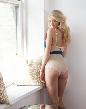 amateur photo Kate upton ass