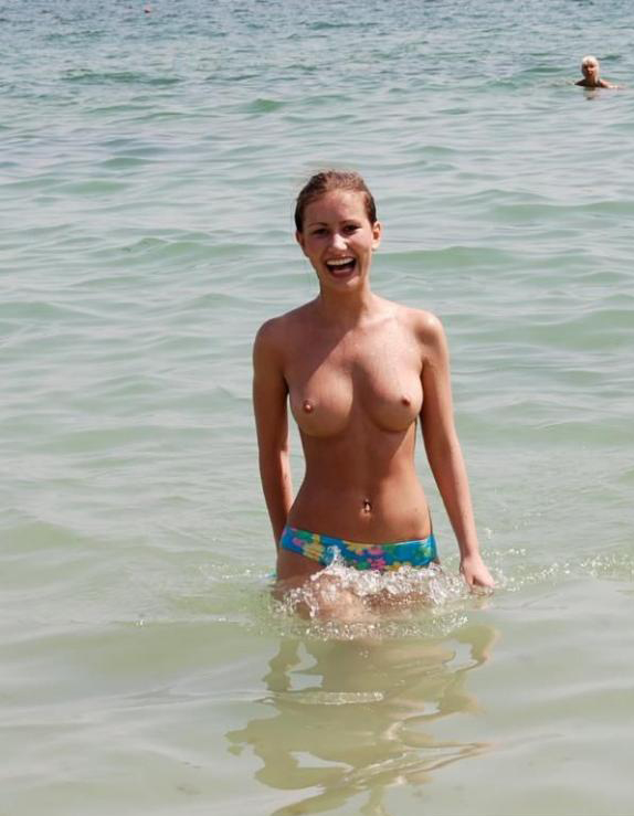 Tits on the beach pics