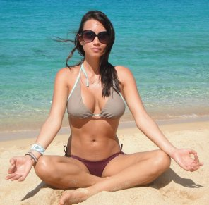 amateur photo Beach yoga