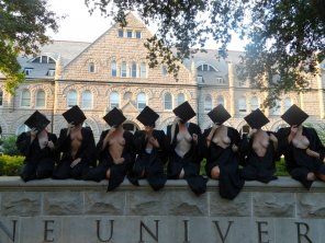 amateur photo Laissez Les Bon Temps Roulez: Tulane University Graduates!