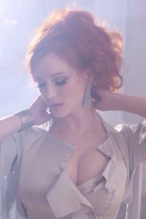 amateur photo Christina Hendricks is beautiful