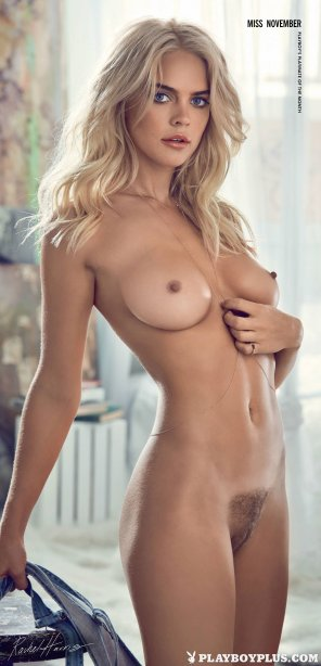 amateur photo Blonde babe