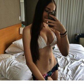 amateur photo Aussie bikini selfie