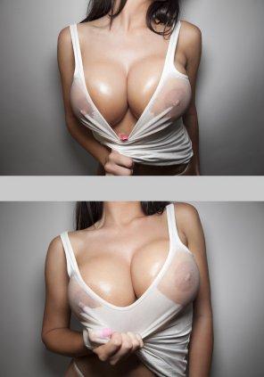 amateur photo Wet shirt