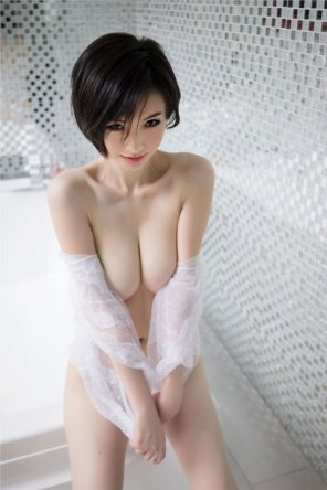 amateur photo Skinny Busty Asian Babe