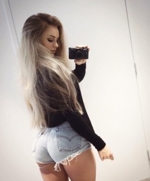 amateur photo pushing those shorts to the limit