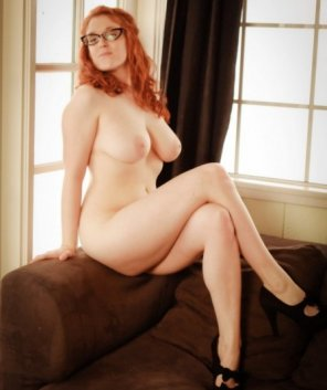 amateur photo Ravishing redhead in rims