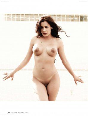 amateur photo Larissa Riquelme