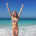 amateur photo Gorgeous blonde on the beach