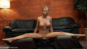amateur photo Madison Scott Riding the Sybian