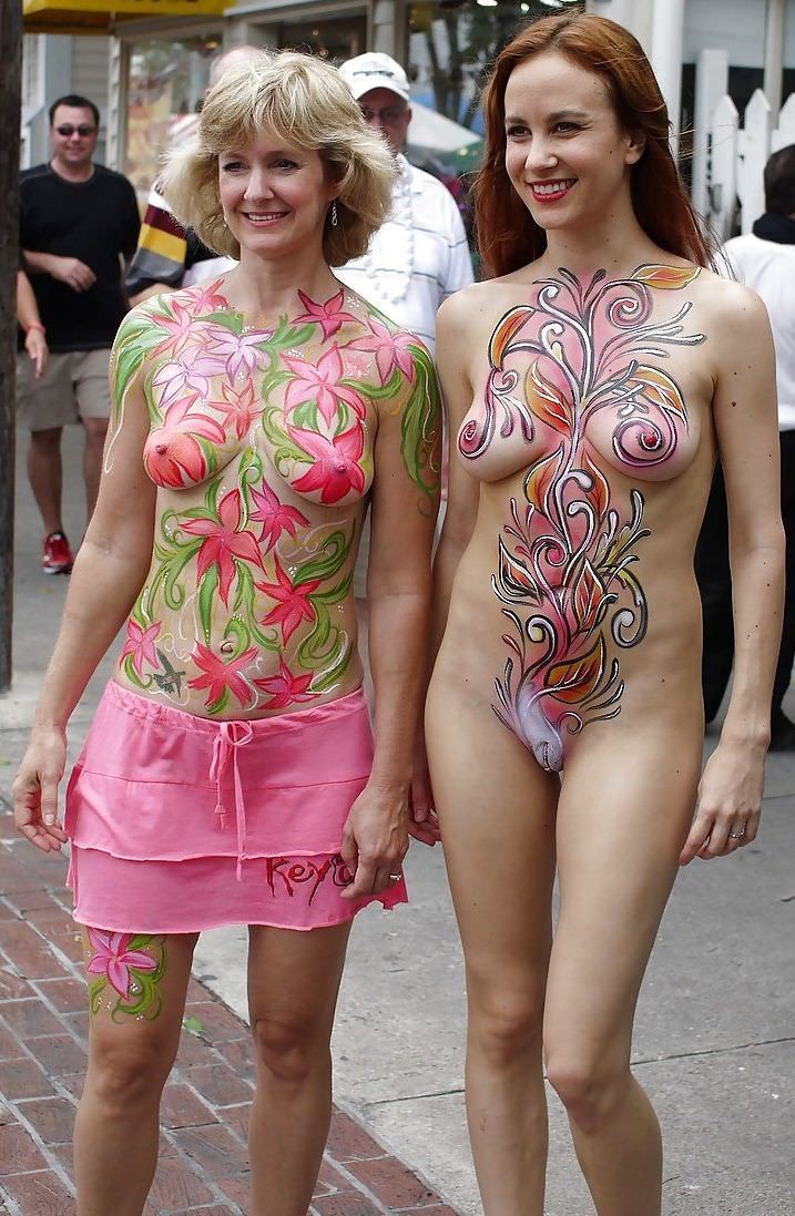 older and younger women body paint Porn Pic - EPORNER
