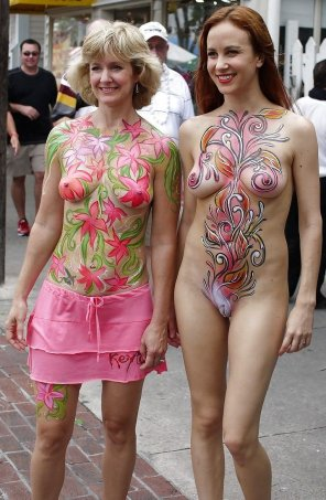 amateur photo older and younger women body paint