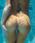 amateur photo Underwater rear pussy