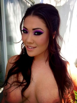 amateur photo London Keyes