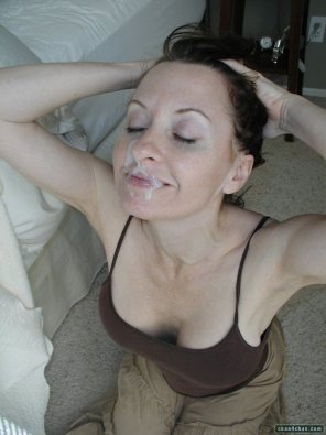 amateur photo Cougar