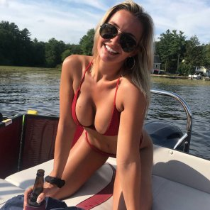 amateur photo Boat and boobs