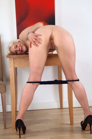 amateur photo BLonde with a tight little hole