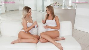 amateur photo Sensual lesbian lovemaking by Ivana Sugar and Sienna Day
