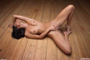 amateur photo On the floor
