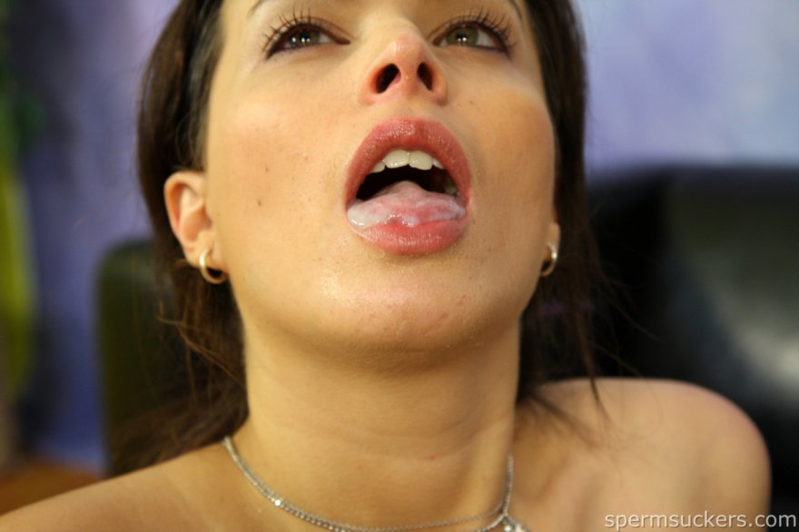 bet she swallowed it Porn Photo