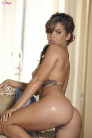 amateur photo Keisha Grey is pretty wet