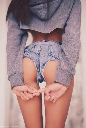 amateur photo Short shorts