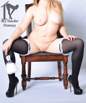 amateur photo Full Frontal Spread in Stockings!