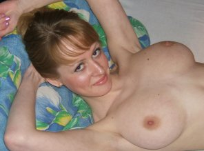 amateur photo I think this amateur babe is proud of her tits