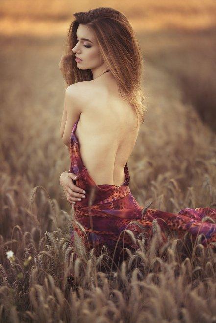 Celebrity Natalia Garibotto Nude HD