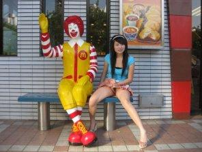 amateur photo Ronald and friend