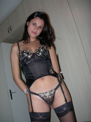 amateur photo Brunete in black lingerie - more in comments