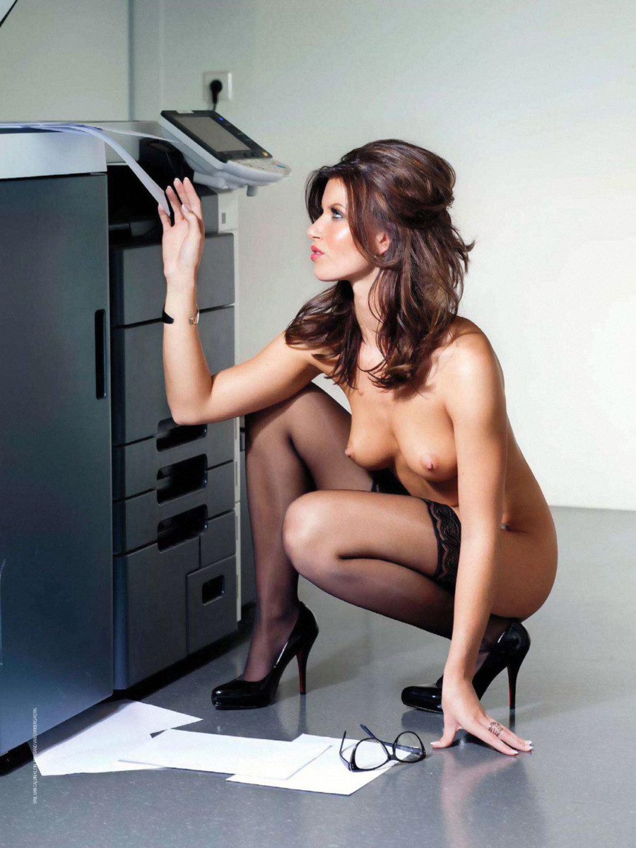 erotic-mystery-secretary-pics-of-women-sitting-on-dildos