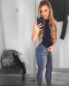 amateur photo Tight Jeans