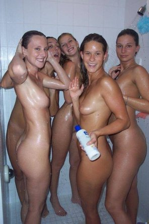 amateur photo Five in the shower