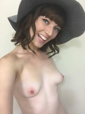 amateur photo Cute hat