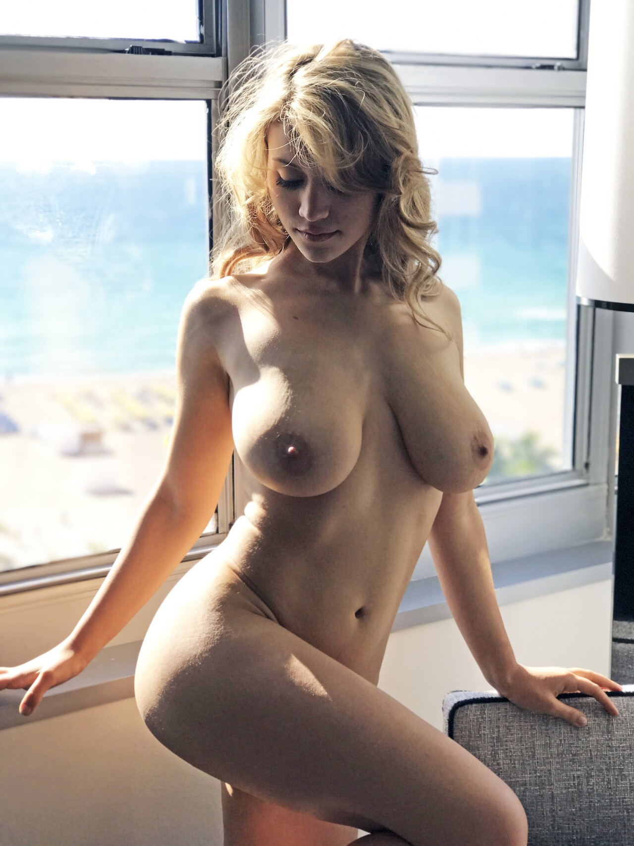 cowan pic Ava nude