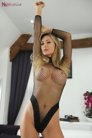 amateur photo Fishnet Top