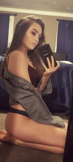 amateur photo Putting a face to this body 😋. [F]