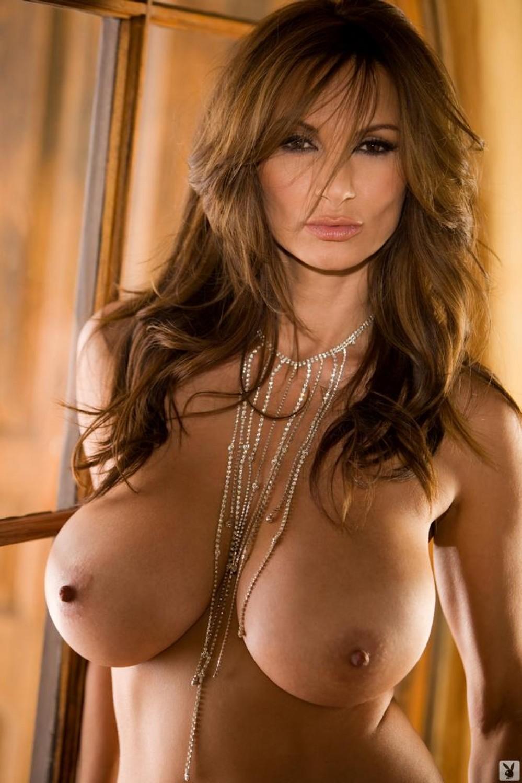 Topless Petra Nude Photo Pics
