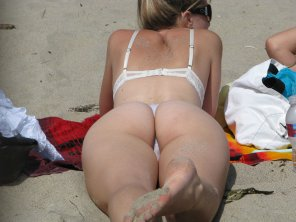 amateur photo Beach Bum