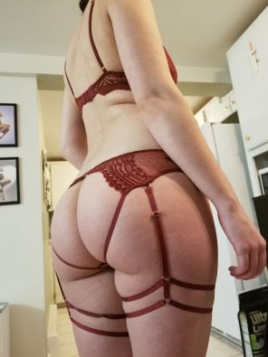 amateur photo [F] Let me know what you think of my new set? It's my favourite so far!