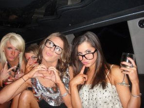 amateur photo Glasses in the Limo