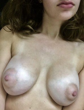 amateur photo nips [f]or dayssss ;)