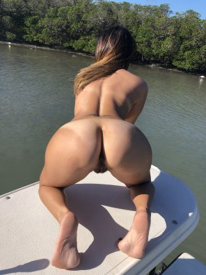 amateur photo Boats make girls horny